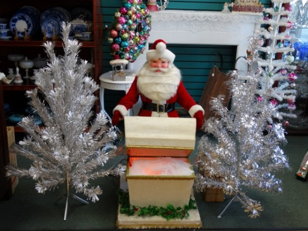 Aluminum Trees ~ Get one before they are GONE!